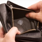 春に購入する財布は縁起がいいと言われる理由と意味とは?