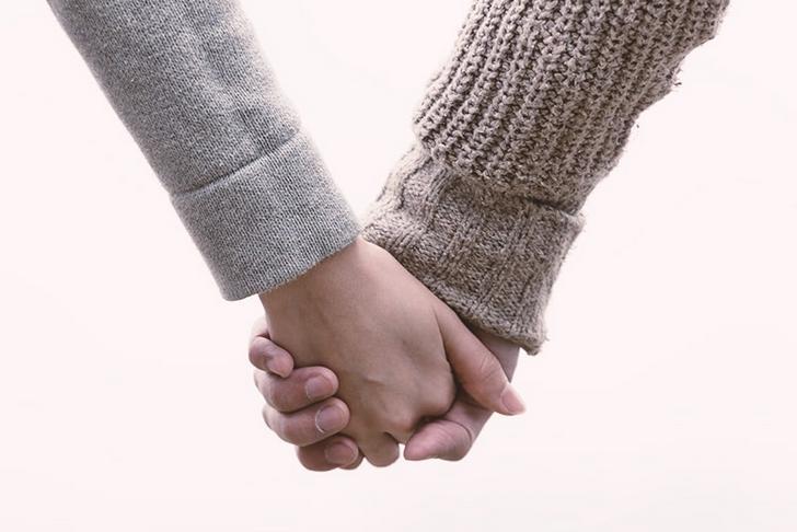 結婚指輪をはめる指や指輪をはめる指の意味